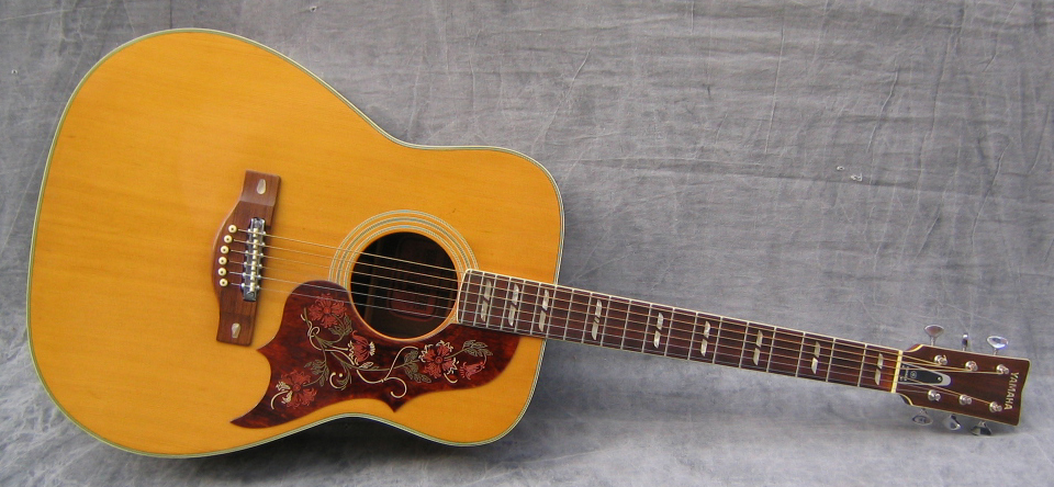 1971 Yamaha FG-300 - Photo courtesy of Swedish Vintage Guitars